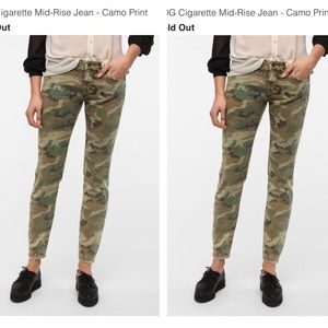 BDG Urban Outfitters Camo Cigarette Jeans